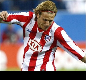 ​Former Man Utd and Atletico striker Forlan set for Norway move