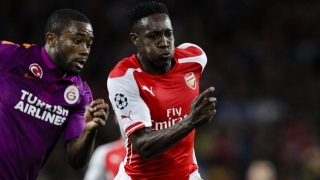 Arsenal striker Welbeck happy playing with Alexis