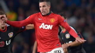 Dad convinced Van Persie will stick with Man Utd