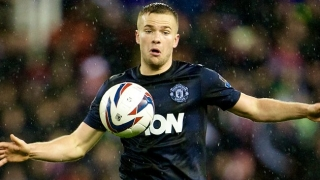 Man Utd midfielder Cleverley set for Everton move