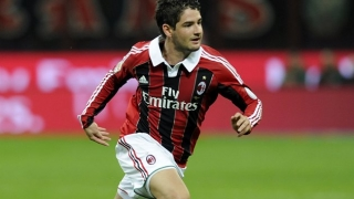 Pato urges AC Milan to keep hold of Maldini: Let him work!