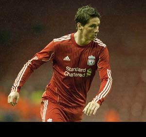 Fernando Torres to pull on Liverpool shirt for first time in nine years