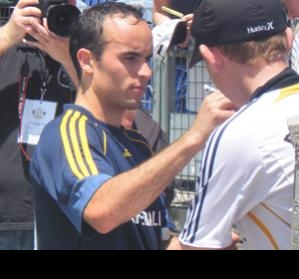 LA Galaxy's Donovan not bothered by what Mexican fans say