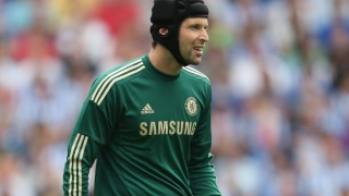 Chelsea veteran Cech prefers London stay as Arsenal links continue