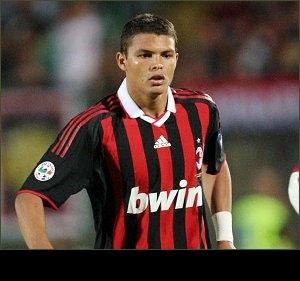 AC Milan defender Thiago Silva happy with Man Utd rumours