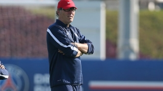 Laurent Blanc pens new PSG deal