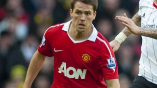 Liverpool fans launch anti-Michael Owen petition over Man Utd support