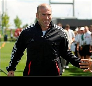 Zidane rubbishes claims of rift with Real Madrid boss Mourinho