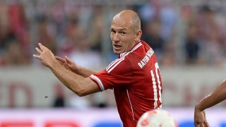 Bayern winger Robben joins Liverpool star, Man Utd pair in Holland squad