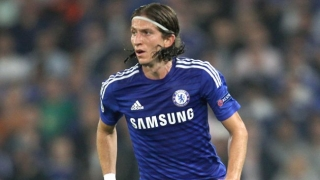 Filipe Luis up for first Chelsea start against Man Utd