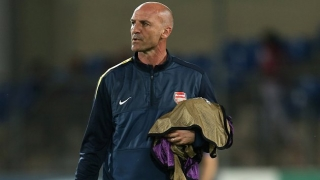 Arsenal coach Bould wanted by Stoke