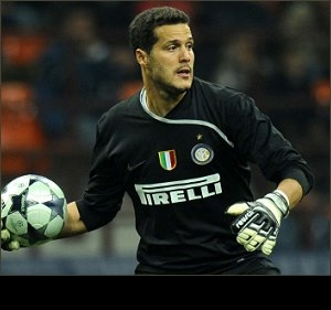 Inter's Julio Cesar says he will not leave for Man Utd or Roma