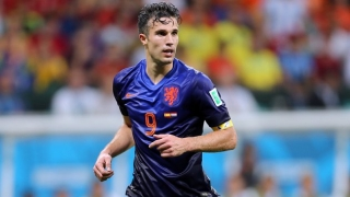 Feyenoord striker Van Persie hints retirement close