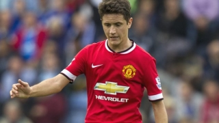 Herrera eager to discuss Man Utd future with LVG