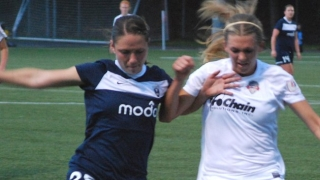 Women's football review: Big foreign influence, huge crowds for exciting NWSL