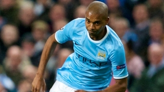 Fernandinho urges calm with Man City countryman Gabriel Jesus