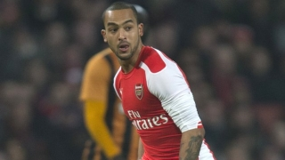 ​Walcott and Chamberlain to be sidelined for three weeks