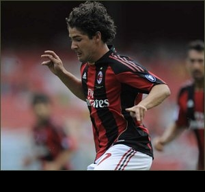 Barcelona chief Zubi targets AC Milan strike-ace Pato