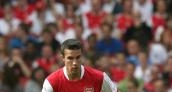 Arsenal boss Wenger relaxed over van Persie contract situation