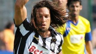 AC  Milan plan cut-price January deals for Amauri, Montolivo