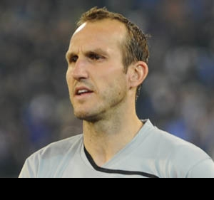 Fulham's Schwarzer planning to remain as first choice