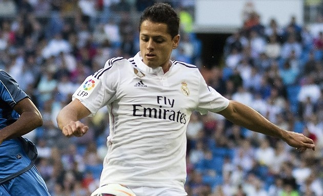 DONE DEAL? Man Utd striker Chicharito advertises new Real Madrid kit!