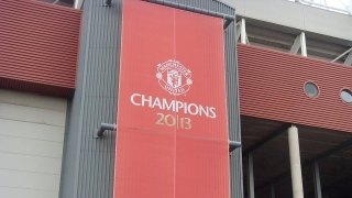 Giggs urges more consistency from Man Utd