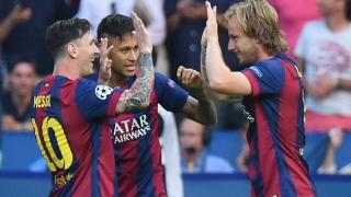 Barcelona midfielder Rafinha happy to commit to Brazil