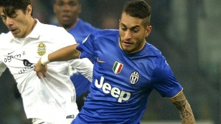 West Ham slap in bid for Juventus attacker Roberto Pereyra