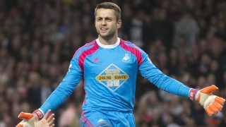 Buffon full of praise for Swansea keeper Fabianski