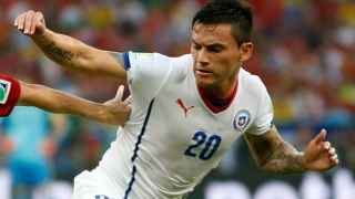 Leicester Aranguiz bid accepted by Internacional