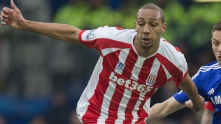 Hughes returns to Stoke today for N'Zonzi talks