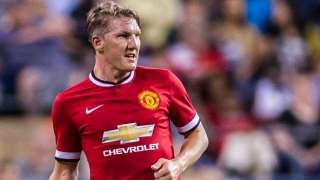 NO-SHOW?! Schweinsteiger now frozen out of Man Utd team photo!