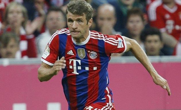 Bayern Munich assure Muller 'job for life' to ward off Man Utd