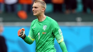 Ajax keeper Cillessen: I'm not thinking about Man Utd