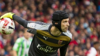 Arsenal boss Wenger suggests Cech presence had psychological advantage over Chelsea