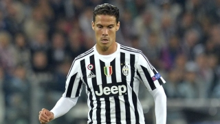 Hernanes will play anywhere for Juventus