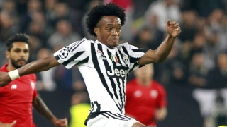 Arsenal ponder late move for Juventus winger Juan Cuadrado