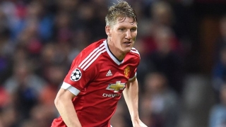 Man Utd midfielder Schweinsteiger suffers injury at Germany training