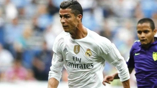 Mum pushes Real Madrid superstar Ronaldo towards Man Utd