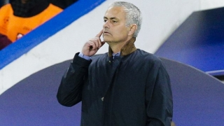 Man Utd refuse to comment on Mourinho link