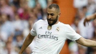 Benitez happy for 2-goal Benzema after Real Madrid win