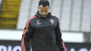 RIVAL? Mourinho concerned Giggs will take his Man Utd job