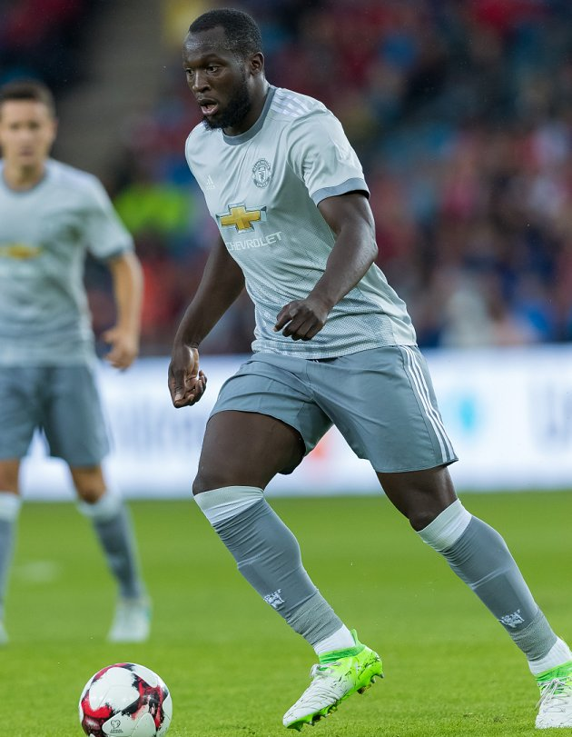 Man Utd striker Lukaku 'must be dropped': For his own sake