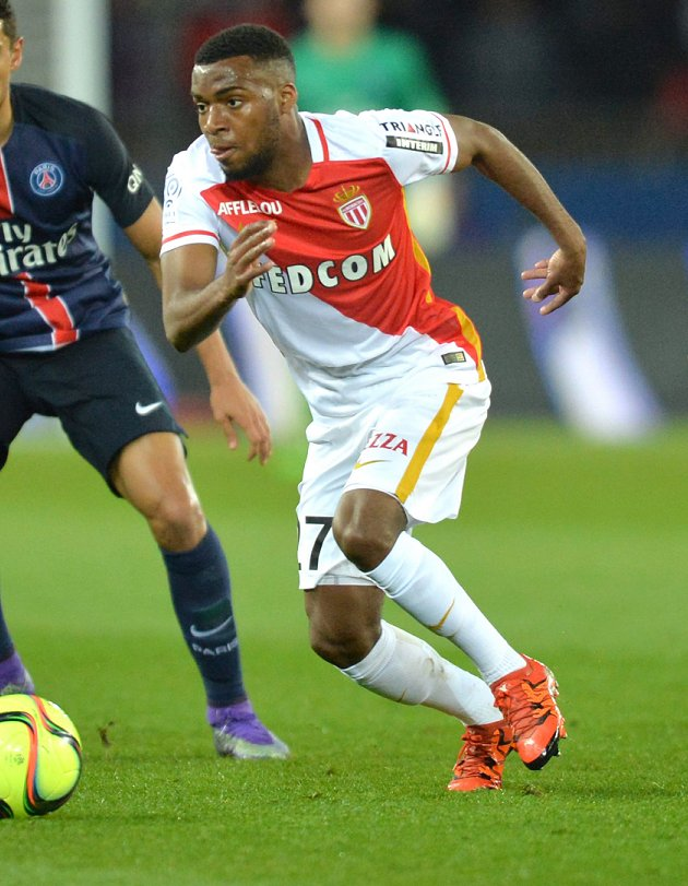 Not over? Wenger has Arsenal scouts make new Lemar check