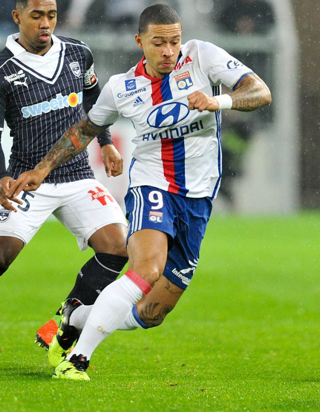 AC Milan coach Gattuso makes personal check on Lyon ace Depay