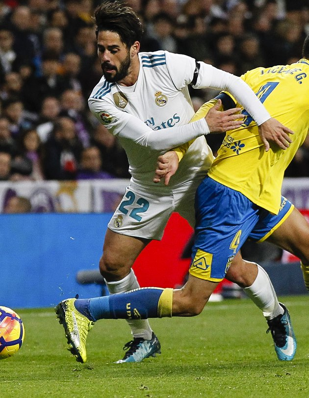 Man City leave Chelsea free run at Isco signing