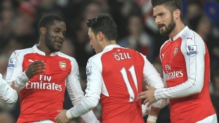 Arsenal boss explains reasons for replacing Campbell with Welbeck