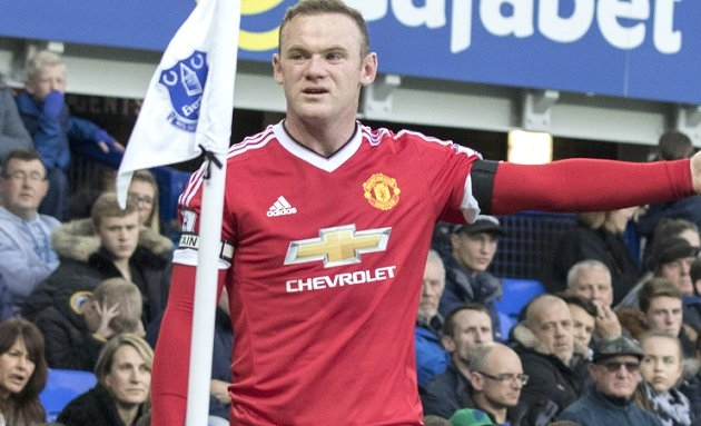 Everton pondering renewed bid for Man Utd captain Rooney