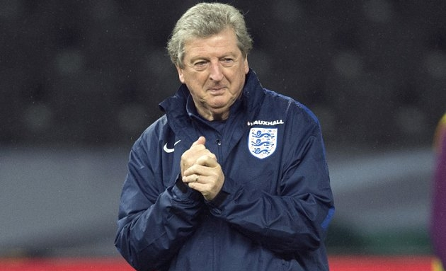 EURO2016: Reluctant Hodgson faces the media after England humiliation
